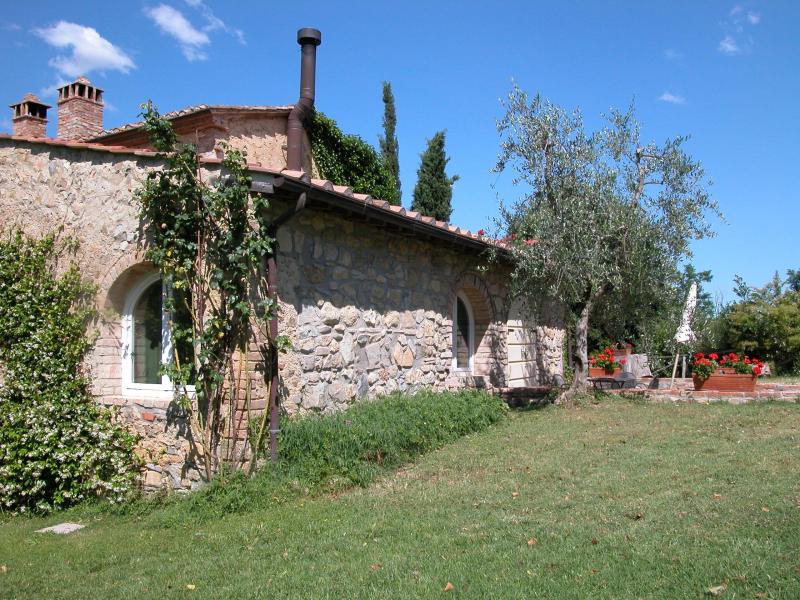 Agriturismo la moraia 274673,Casa grande  con piscina privada en Poggibonsi, en Toscana, Italia para 4 personas...
