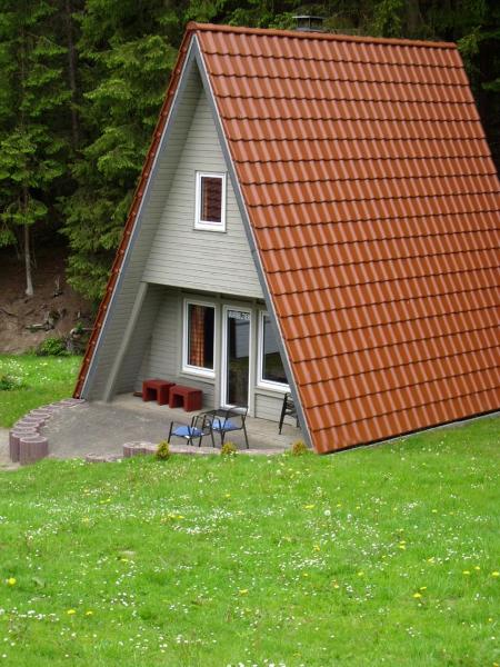 Valmetal 275275,Casa de vacaciones grande  con piscina privada en Untervalme, Sauerland, Alemania para 4 personas...