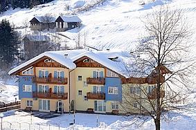 Residence alice 275500,Apartamento grande  con piscina privada en Celledizzo Di Pejo, Trentino - Dolomites, Italia para 6 personas...