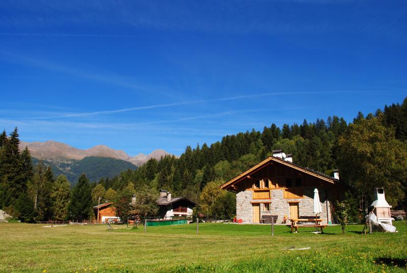 Chalet abete bianco 276213,Casa grande en Dimaro, Trentino-Alto Adige, Italia  con piscina privada para 4 personas...