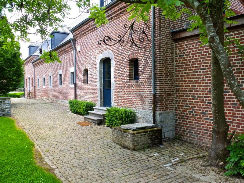 La chatelaine 276372,Casa grande  con piscina privada en Beauraing, Namur, Bélgica para 12 personas...