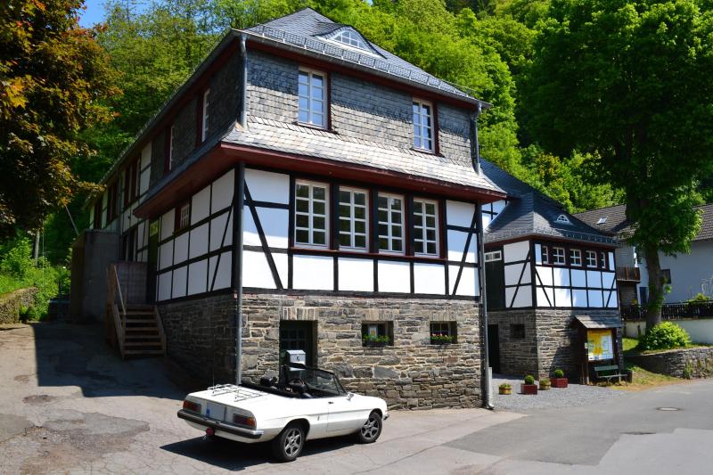 Huismeesterwoning 276499,Casa grande en Monschau, Nordrhein-Westfalen, Alemania para 4 personas...