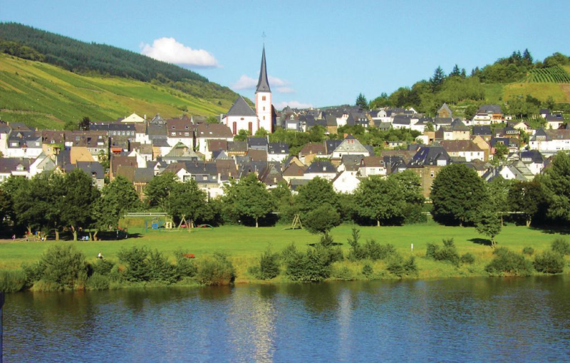 113397,Casa en Kövenig, Rhine-Ahr-Lahn, Alemania para 20 personas...