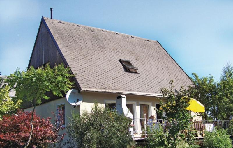 113426,Casa  con piscina comunitaria en Bad Brambach, Vogtland-Ertsgebergte, Alemania para 9 personas...