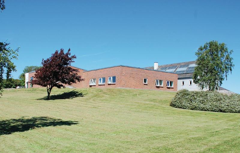 113899,Casa grande en Knebel, East Jutland, Dinamarca  con piscina privada para 26 personas...