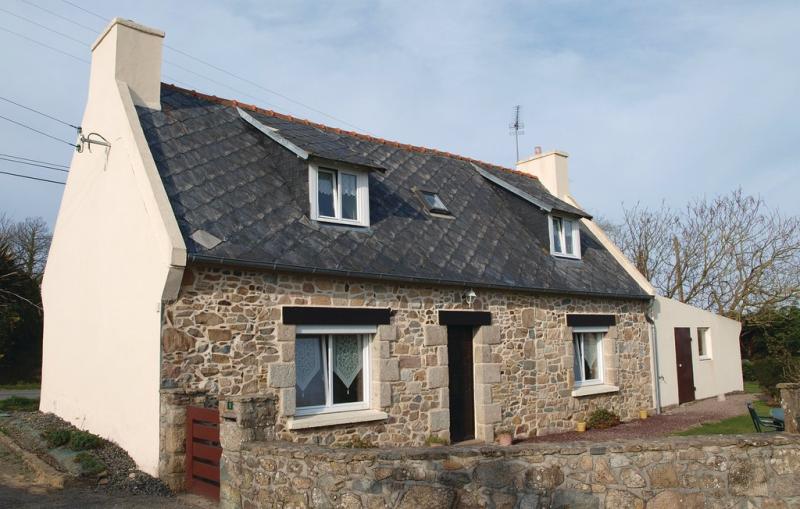 114915,Vivienda de vacaciones en Plougrescant, Brittany, Francia para 5 personas...