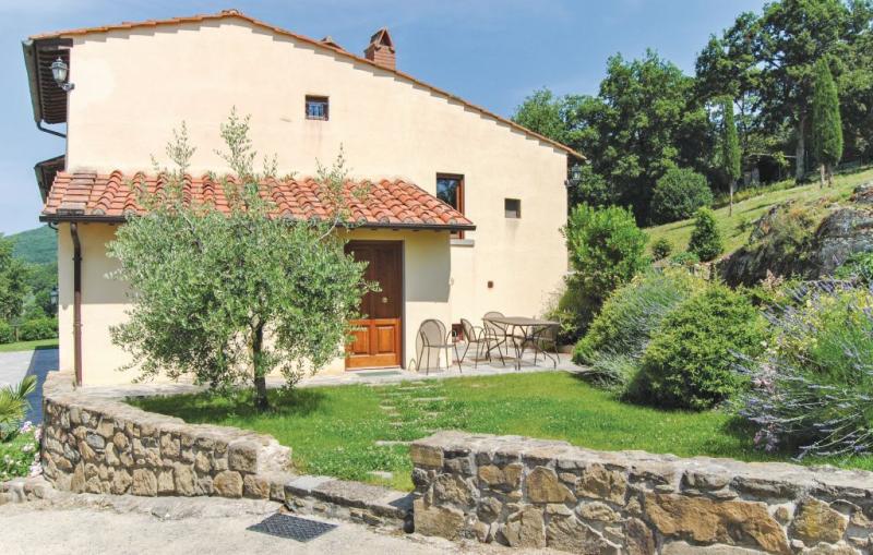 Levante 116850,Apartamento en San Giustino (Ar), en Toscana, Italia  con piscina comunitaria para 5 personas...