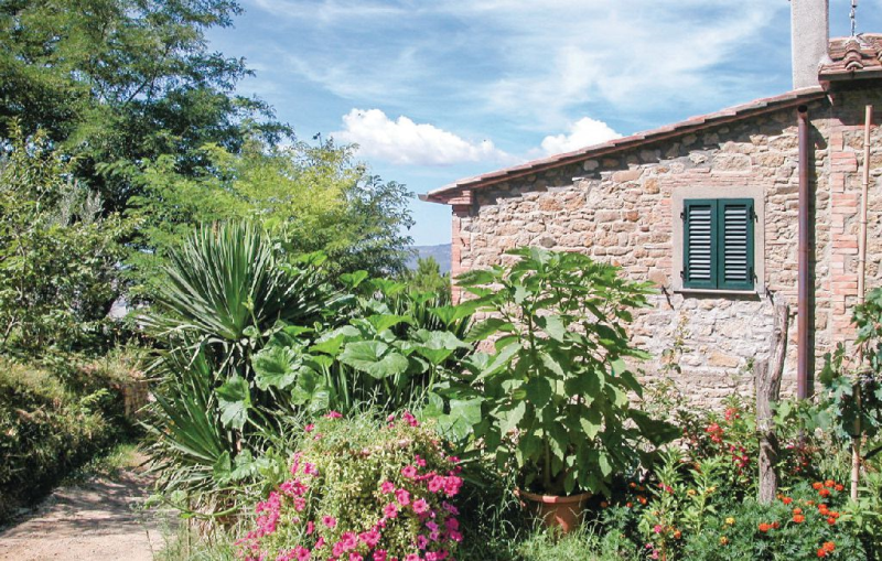 117123,Apartment in Volterra Pi, in Tuscany, Italy  with private pool for 2 persons...