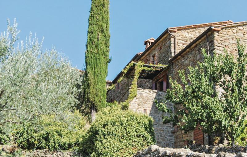 117204,Apartamento en Ambra Ar, en Toscana, Italia  con piscina privada para 4 personas...