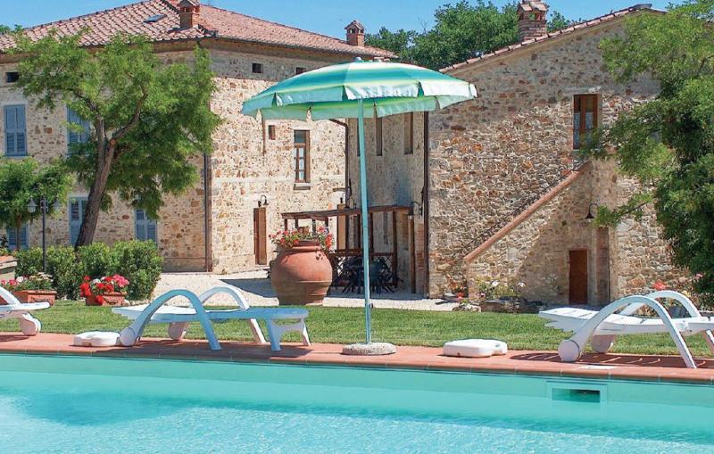 Anthurium 117247,Apartamento  con piscina comunitaria en Casole D'elsa Si, en Toscana, Italia para 6 personas...