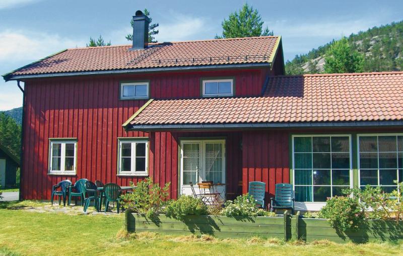 Gaupe 1110019,Casa  con piscina privada en Dølemo, Southern Norway, Noruega para 10 personas...