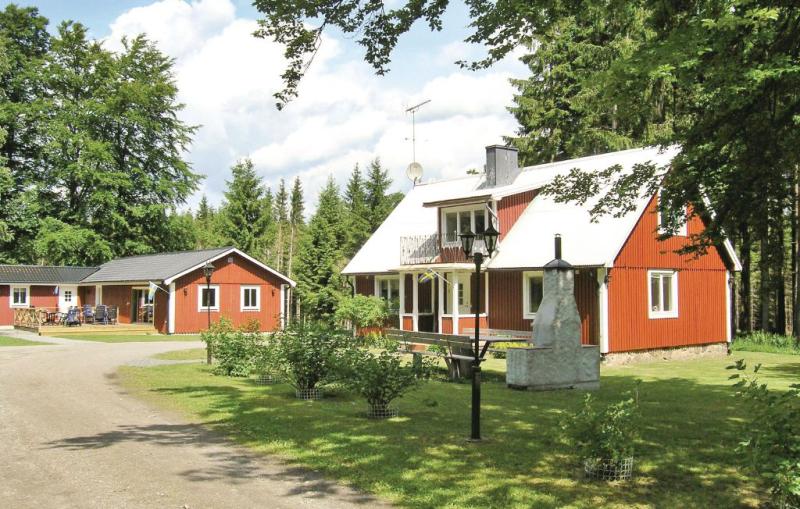 1112889,Casa  con piscina privada en Örkelljunga, Schonen, Suecia para 12 personas...