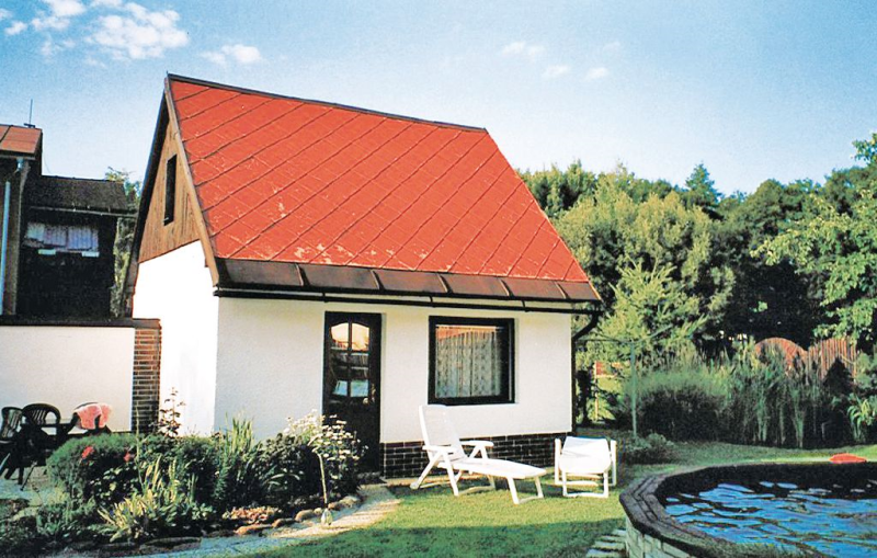 1115352, House in Mlade Buky, Reuzengebergte, Czech Republic  with communal pool for 3 persons...