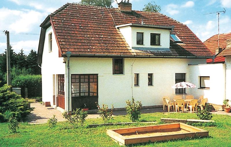 1115504,Casa en Cercany, Central Bohemia, Chequia para 8 personas...