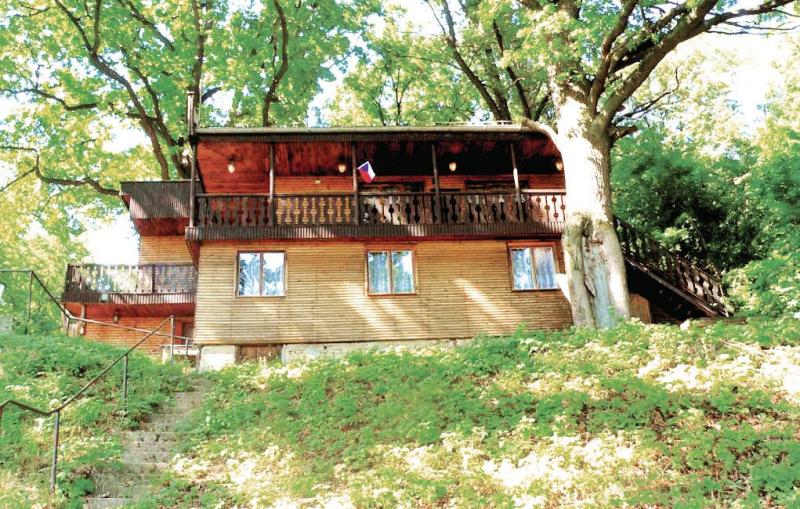 1115630,Casa en Vysoke Chvojno, East Bohemia, Chequia para 10 personas...