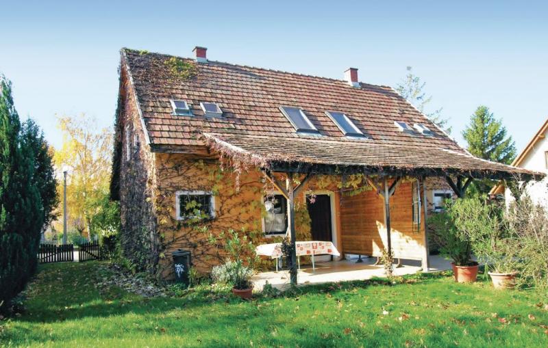 1116556,Vivienda de vacaciones en Siófok, Balaton Somogy, Hungría para 6 personas...