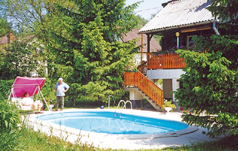 1116717, Holiday house  with private pool in Szentendre, Danube Bend, Hungary for 3 persons...