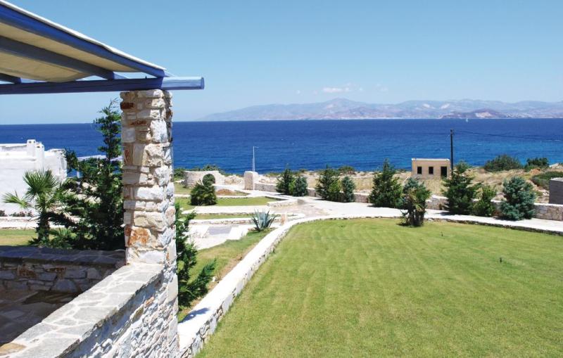1119481,Vivienda de vacaciones en Ampela, Paros, Cyclades, Grecia para 8 personas...