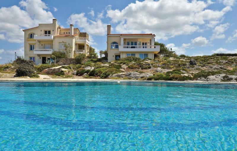 1119496,Apartamento  con piscina privada en Chania-kreta, Crete, Grecia para 5 personas...