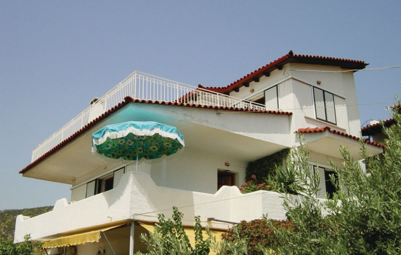 1119538, Apartment in Korfos, Korinthos, Peloponese, Greece for 6 persons...