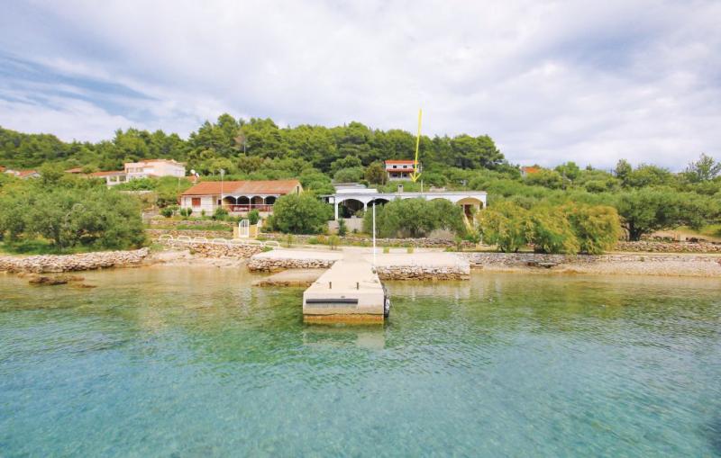 1137373,Casa en Vela Luka, Dalmatia Islands, Croacia para 5 personas...