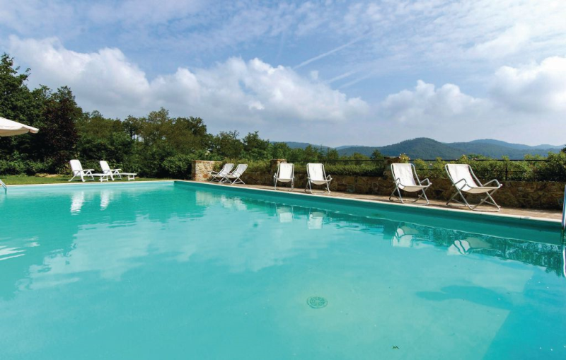 Gardenia 1138521,Apartamento  con piscina comunitaria en Greve In Chianti Fi, en Toscana, Italia para 4 personas...