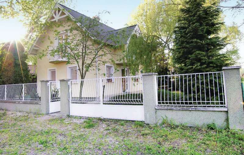 1139583,Holiday house in Lipót, Danube Island, Hungary for 6 persons...