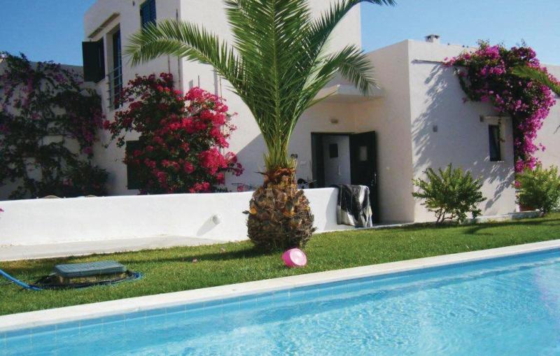 Plakoti village house 1139922,Vivienda de vacaciones  con piscina privada en Adele, Rethymno, Crete, Grecia para 6 personas...