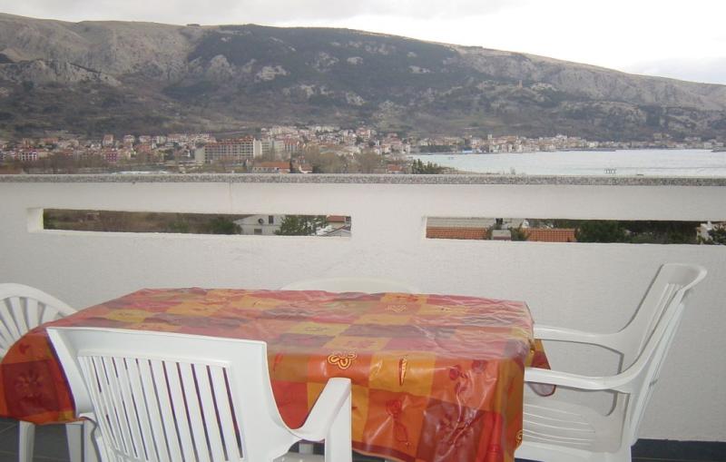 1140248,Apartamento en Baska, Dalmatia Islands, Croacia para 4 personas...
