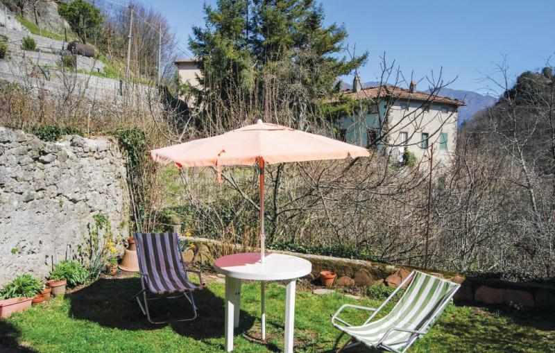 1141230,Apartamento  con piscina comunitaria en Casoli Lu, en Toscana, Italia para 4 personas...