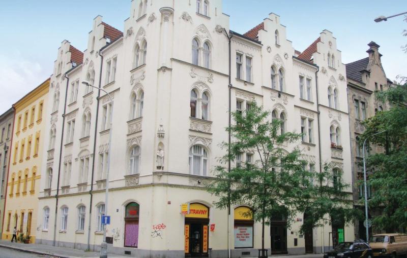 1141972,Apartamento  con piscina comunitaria en Praha 8, Prague and vicinity, Chequia para 4 personas...