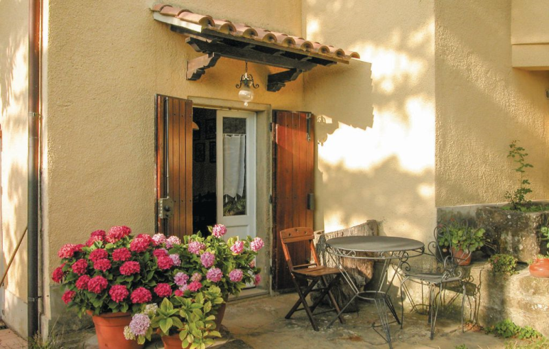 1143140,Apartamento en Arezzo, en Toscana, Italia  con piscina comunitaria para 2 personas...