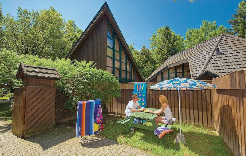 1143704,Vivienda de vacaciones  con piscina privada en Tihany, Balaton Felvidek, Hungría para 4 personas...