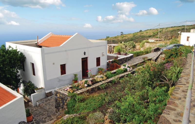 Casa tio pedro martin 1144505,Casa en Valverde, en Canarias, España para 4 personas...