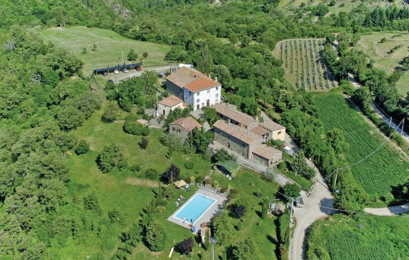 Palazzo 1p 1144624,Apartamento en Cortona, en Toscana, Italia  con piscina comunitaria para 6 personas...