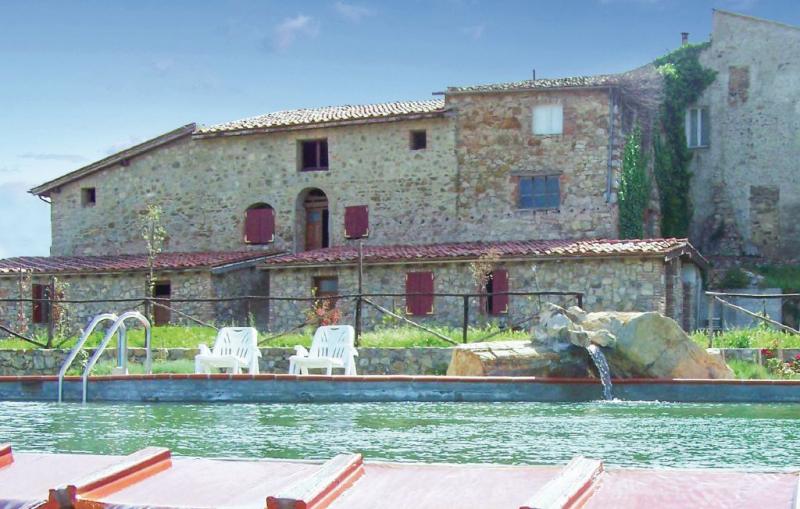 Girasole 1144651,Apartamento en Monticiano Si, en Toscana, Italia  con piscina privada para 6 personas...