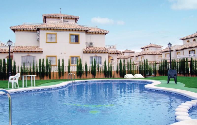 Urb dehesa la regia campoamor 1146638,Casa  con piscina privada en Orihuela Costa, en la Costa Blanca, España para 4 personas...