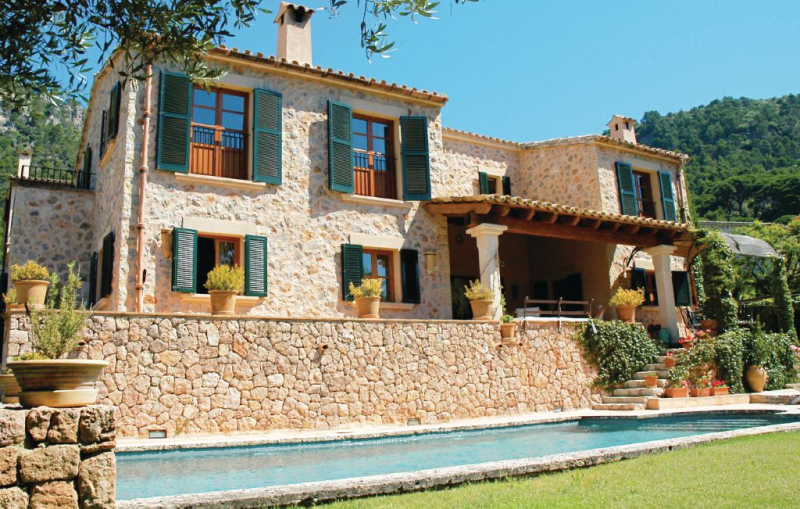 1147241,House in Valldemossa, Mallorca, Spain  with private pool for 8 persons...