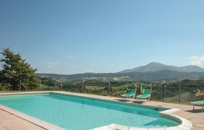 La casa di valcerosa 1148276,Casa grande  con piscina privada en Pietralunga Pg, Umbria, Italia para 23 personas...