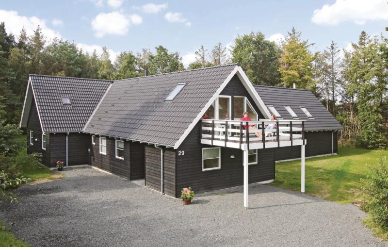 1150596,Casa en Blåvand, West Jutland, Dinamarca  con piscina privada para 22 personas...