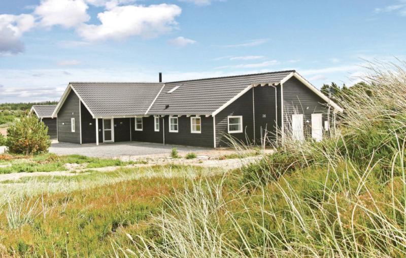 1150801,Casa grande en Vejers Strand, West Jutland, Dinamarca  con piscina privada para 24 personas...