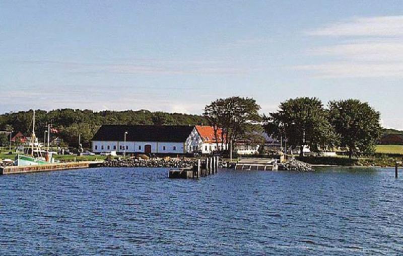 Frgegrden 1152088,Casa grande  con piscina privada en Nordborg, Syddanmark, Dinamarca para 24 personas...
