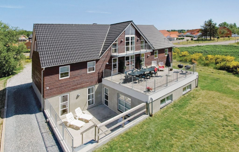 1153081,Casa grande  con piscina privada en Ebeltoft, East Jutland, Dinamarca para 24 personas...