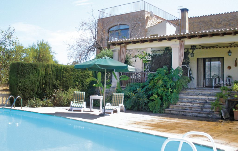 1158309,Apartment in Selva, Mallorca, Spain  with private pool for 4 persons...