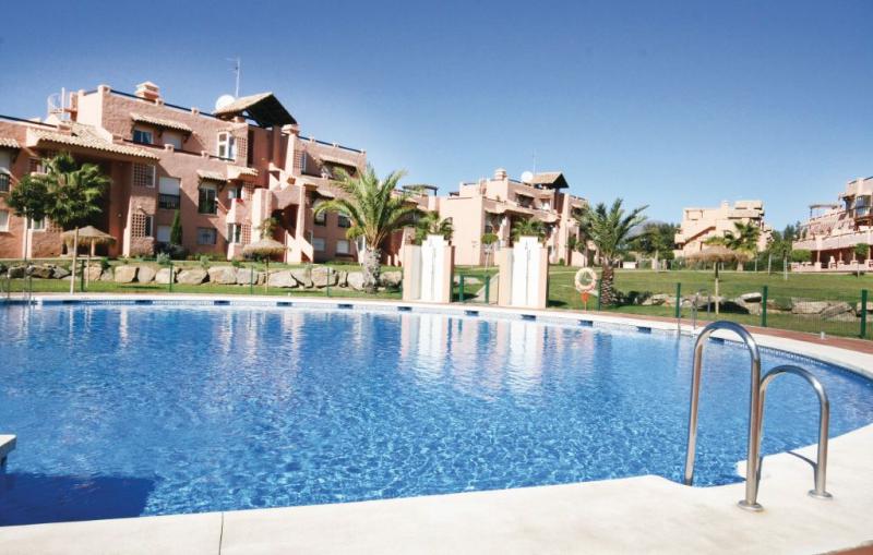 Casares del sol 1159055,Apartamento  con piscina privada en Casares, Andalucía, España para 4 personas...