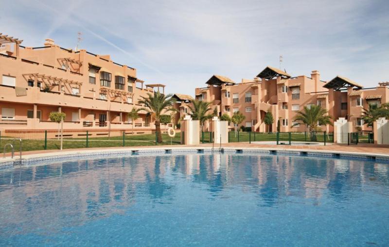 Casares del sol 1159579,Apartamento  con piscina privada en Estepona, Andalucía, España para 4 personas...