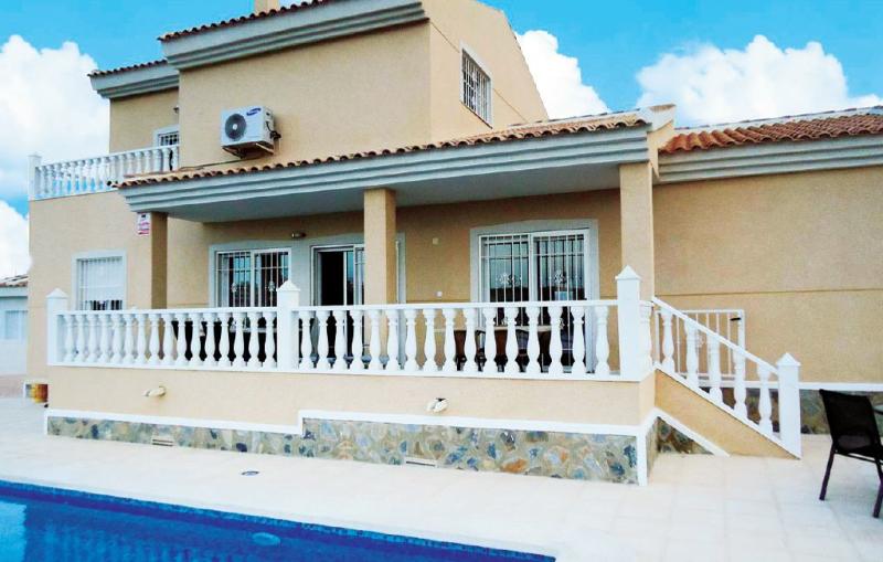 1160414,Casa  con piscina privada en Ciudad Quesada-Rojales, en la Costa Blanca, España para 8 personas...