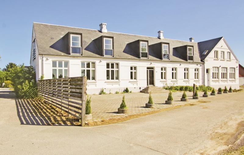 Lystrup gamle skole 1161460,Casa grande  con piscina privada en Allingåbro, East Jutland, Dinamarca para 32 personas...