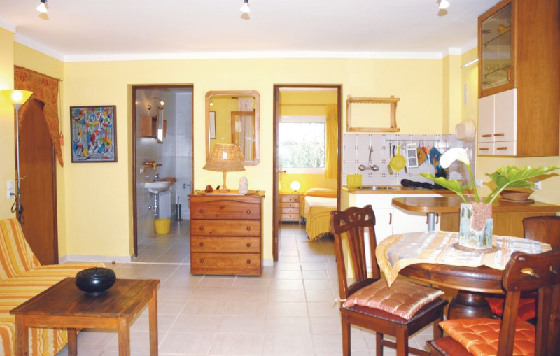 1161686,Apartamento  con piscina privada en Son Serra de Marina, Mallorca, España para 3 personas...