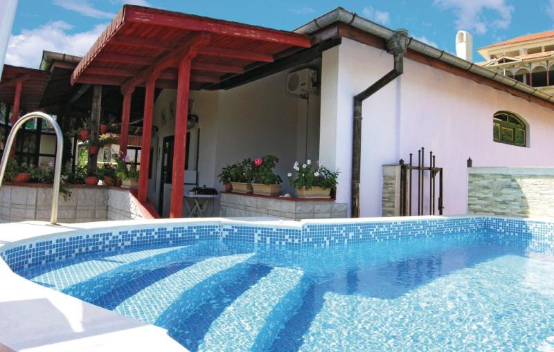 1162368,Vivienda de vacaciones  con piscina privada en Byala, Black Sea coast - Varna South, Bulgaria para 6 personas...